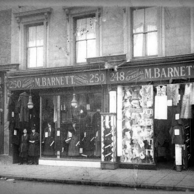 536 Roman  Road in around 1924, now Vinarius, from the Living in Bow image archive project on Facebook