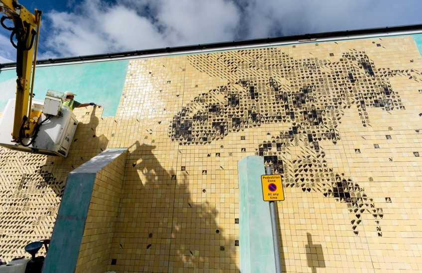 Cornish Dark Honeybee Mural, 2020 - a recent project by PC Projects